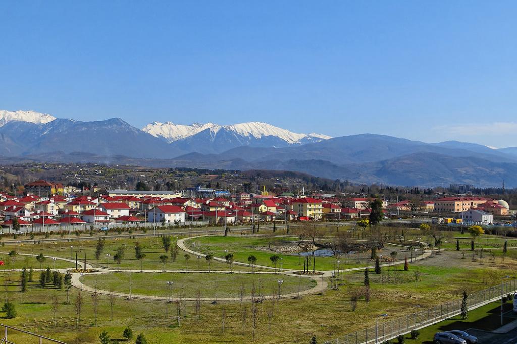 Вид из окна на горы.jpg