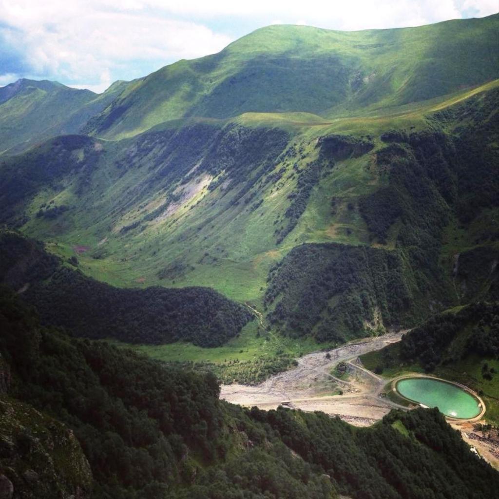 Грузия горы вид